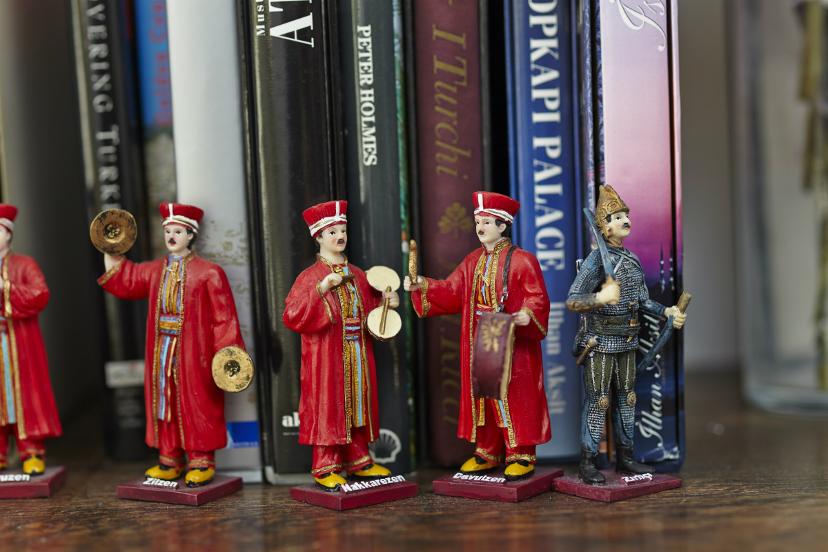 Picture of figurines