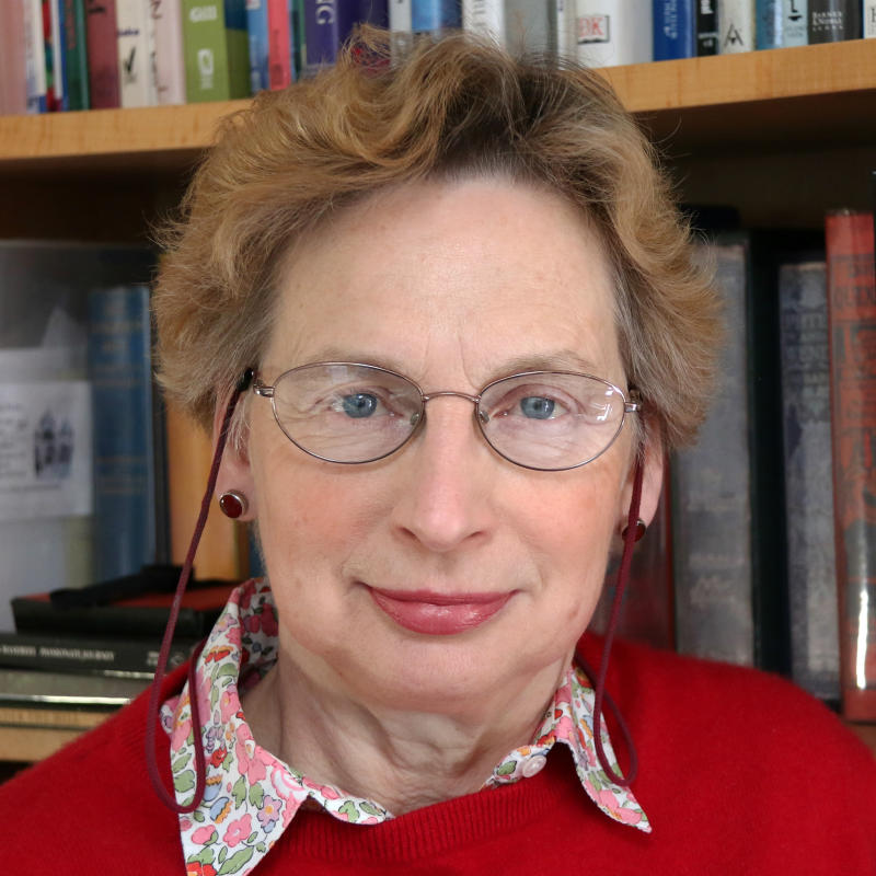 Photo of Dr Ros Ridley